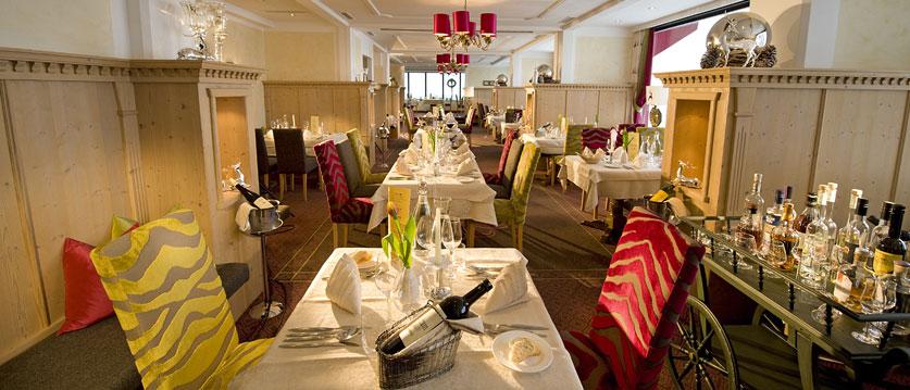 Austria_Obertauern_Hotel-Kohlmayr-Royal_restaurant.jpg